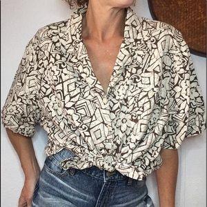 🐒VTG oversized batik print button down blouse